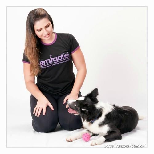 Adestradora + cão