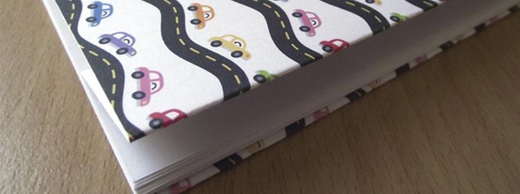 Material escolar e itens de papelaria personalizados: economia e arte para o ano todo