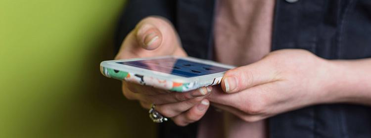 Uso de celular pode causar problemas de comportamento e de saúde