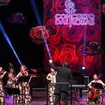 Orquestra formada por mulheres apresenta especial de Natal